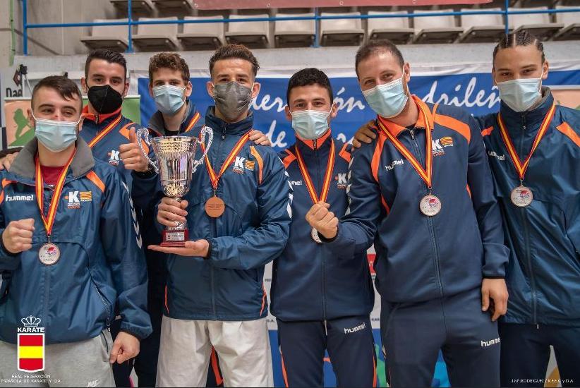Dos medallas para la Federación Aragonesa de Karate en el campeonato de España Senior